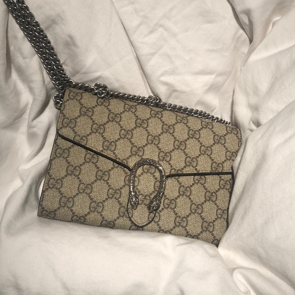 Gucci Handbags - Gucci Dionysus GG Supreme Mini Chain Bag 1069f810b3f3